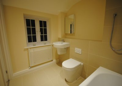 Chapel Cottage Family Bathroom Wootton Rivers 2