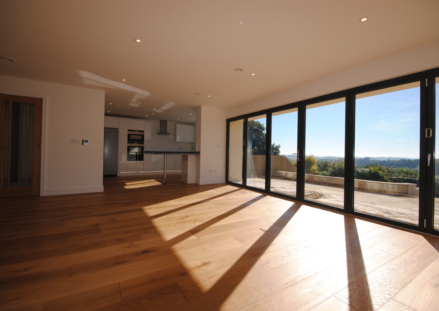 Horsecombe Brown Bath (Bifold Doors)
