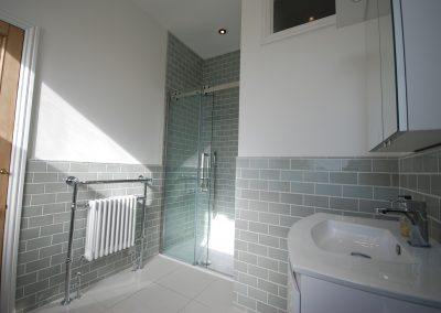 Newbridge Hill Ensuite Bath 2