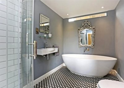 Oakley Chapel Bathroom Cirencester 1